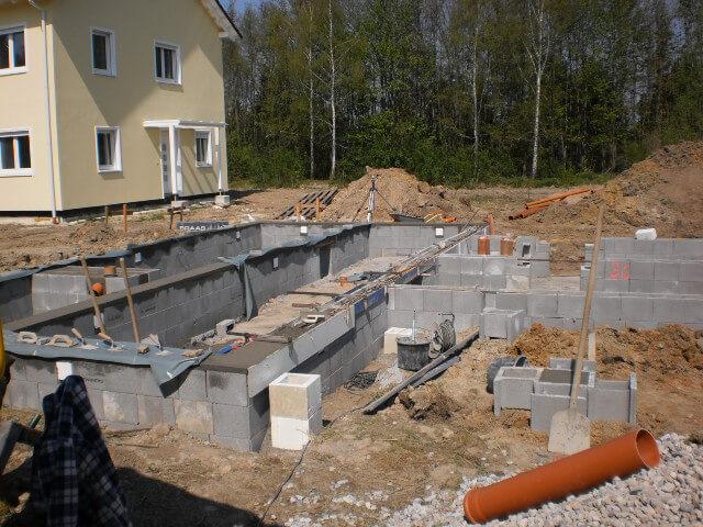 Bodenplatte für Begus Haus